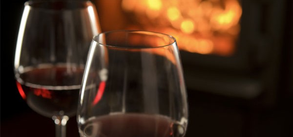 red-wine-by-the-fire