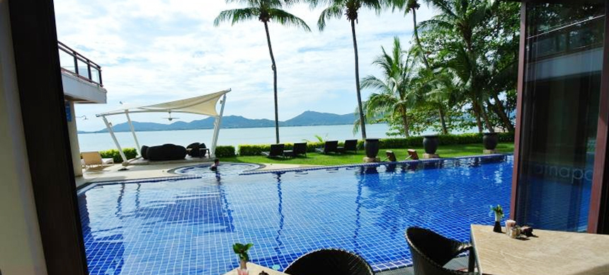 Relaxing Time at cloud19 resort