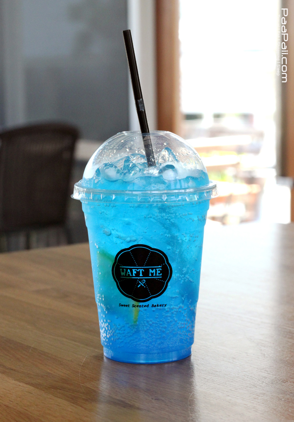 สำหรับแก้วนี้มีชื่อว่า Ocean Blue