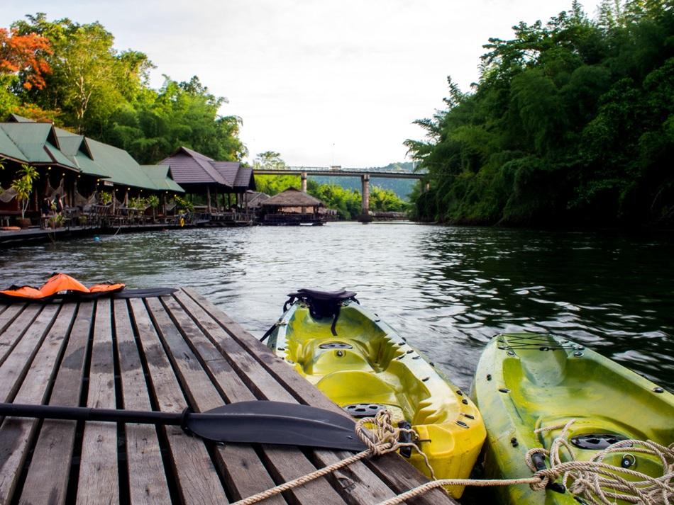 นอนริมน้ำ The For Rest Kanchanaburi สบายใจตัวเบา