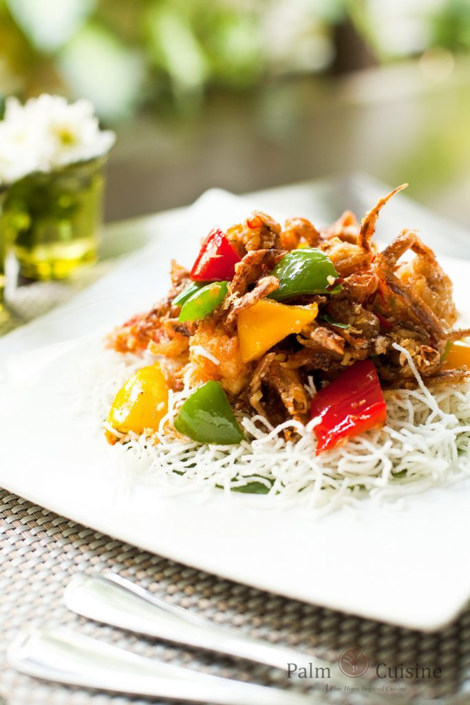 Fried soft crab with crispy noodles in Hong Kong style