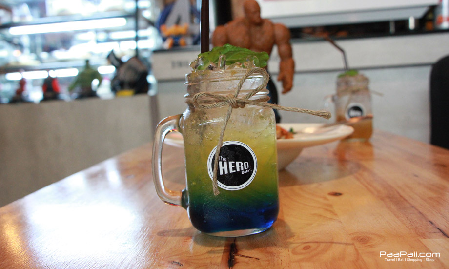 ร้าน The  Hero Cafe (4)