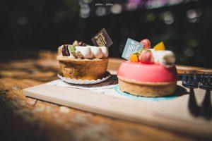 """พาไปลองของหวานที่ """"Little Hideout"""" ขนมเค้กสไตล์ฝรั่งเศส"""