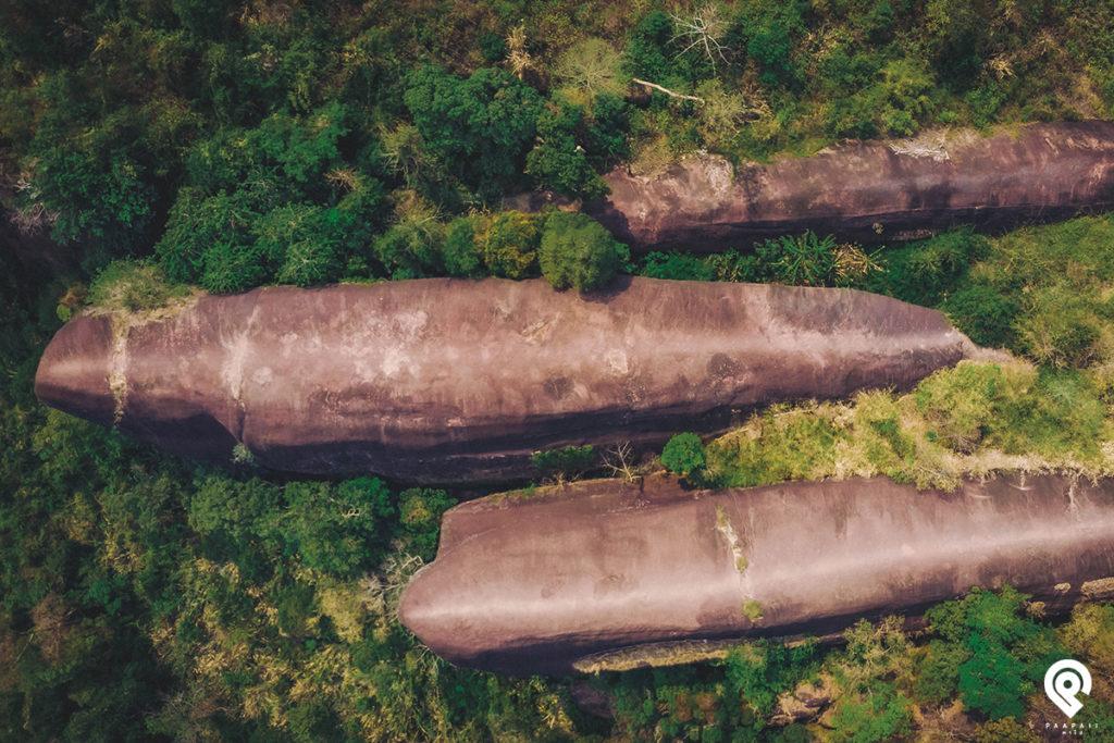 """เหยียบวาฬ มองฟ้า ชมธรรมชาติ """"หินสามวาฬ"""" Unseen Thailand"""